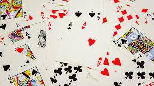 Seluk-beluk Bermain Poker untuk Hidup di Kasino