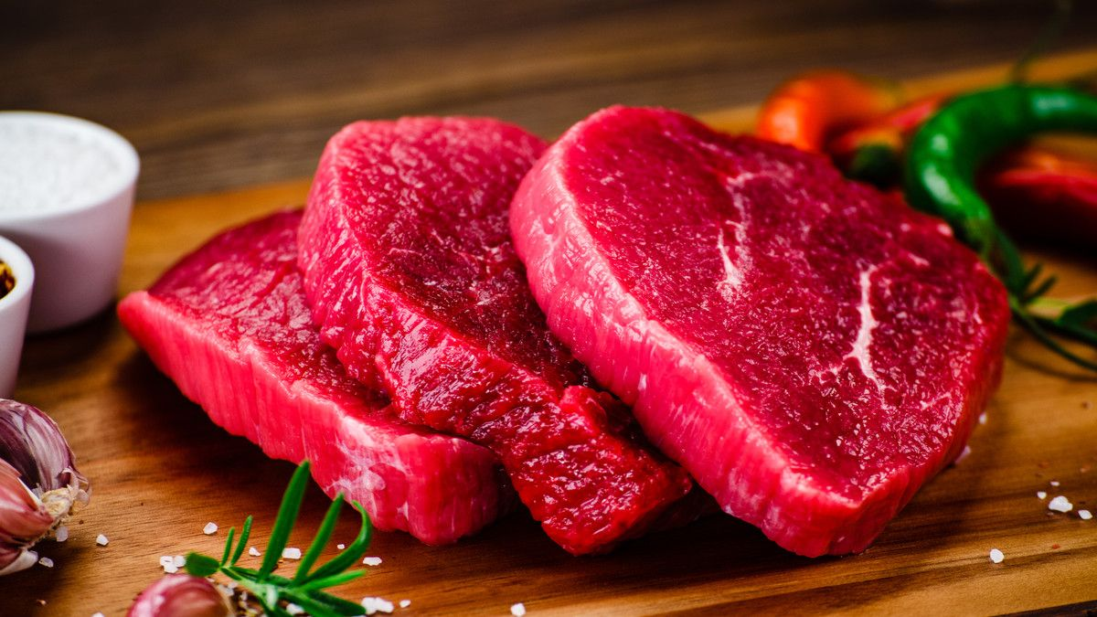 Inilah Kenapa Kamu Harus Kurangi Makan Daging Merah Sejak Sekarang!